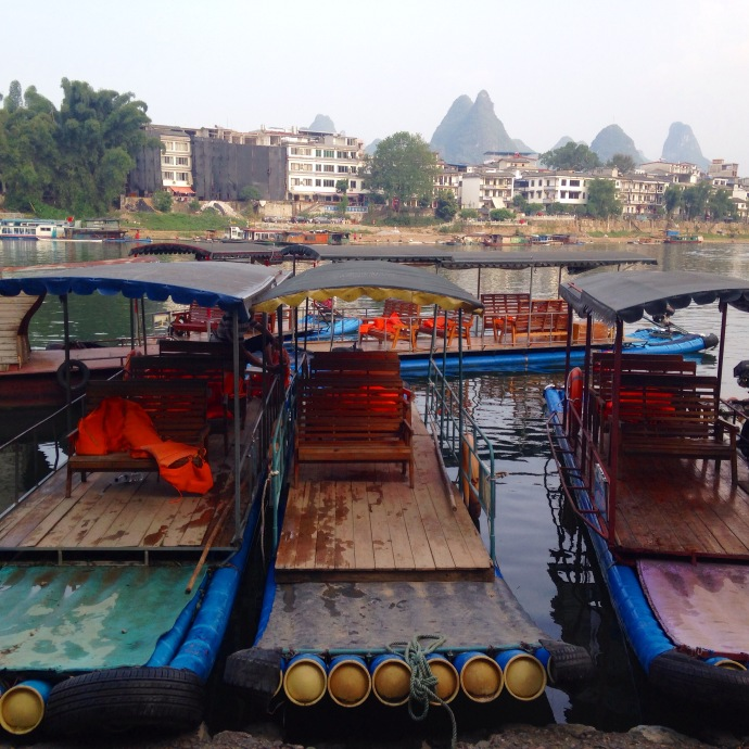 Boats at the ready, Yangshuo