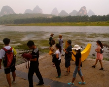 Li River, karsts and tourists