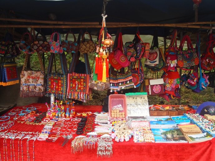 souvenir stands in Xingping