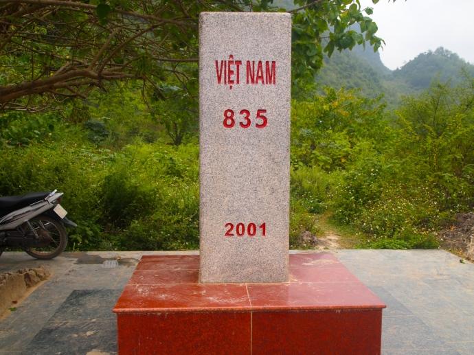 Vietnam 835 marker