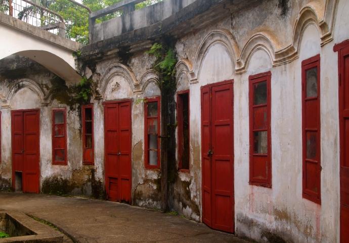inside Zhenning Fort