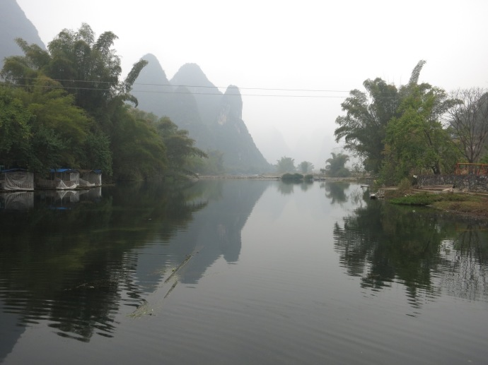 a waterway in Yangshuo (Photo by Mike)