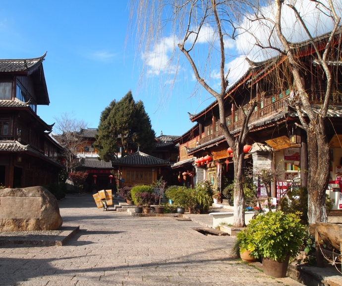 square in Lijiang Ancient Town