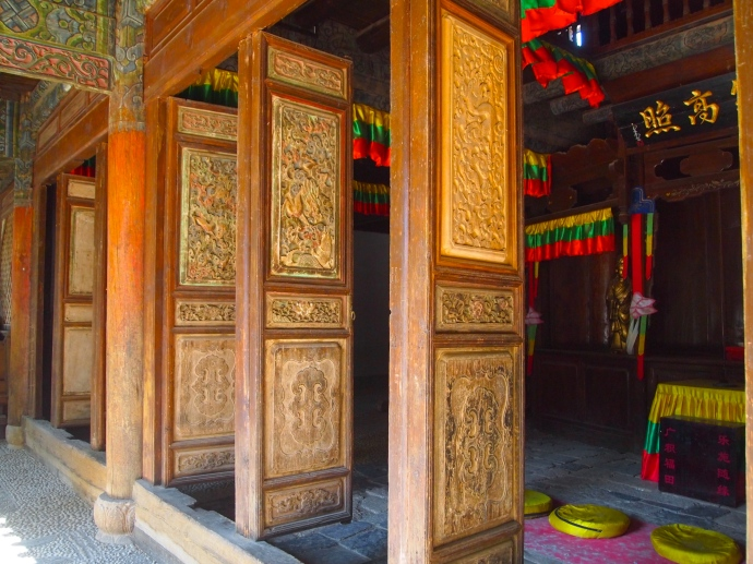 fancy doors at WenChang Temple