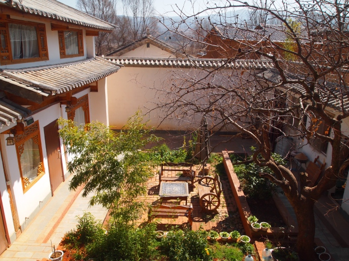 Courtyard at Cato's Inn in Shaxi