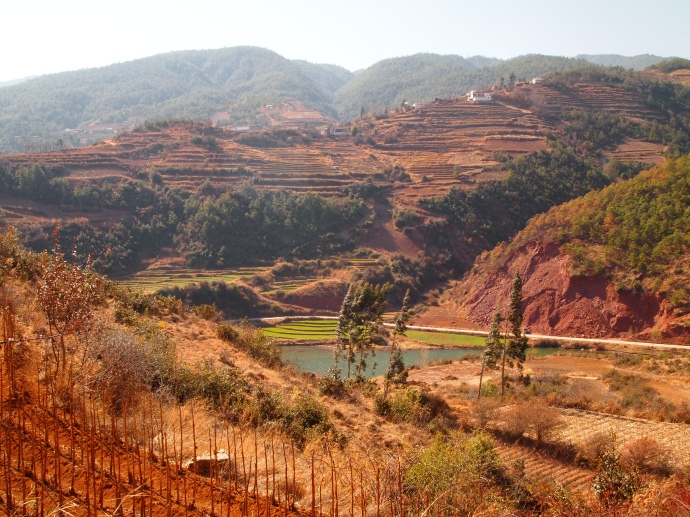 rolling hills around Shaxi