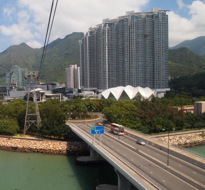 Going in to Tung Chung