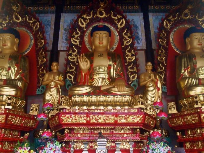 Figures at Guiping Xishan Longhua Temple