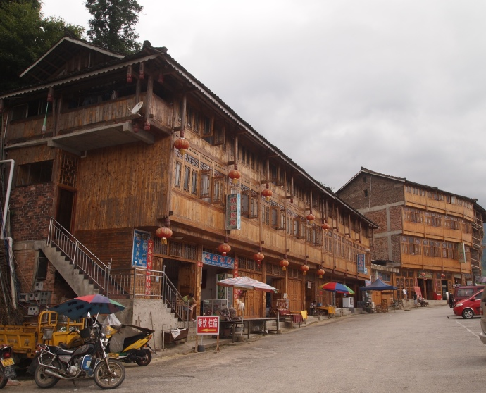 Tourist shops at Longji
